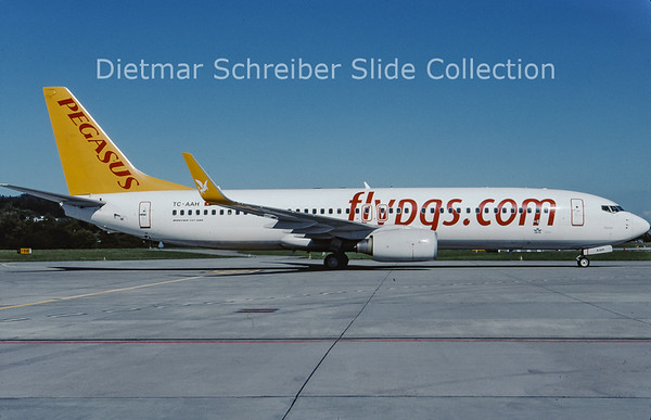 2010-08 TC-AAH Boeing 737-82R Winglets (c/n 35701) Pegasus Airlines