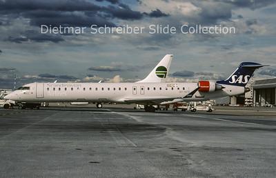 2009-05 OY-KFE Bombardier Regionaljet 900ER (c/n 15224) SAS Scandinavian