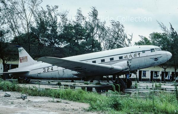 1983-07 324 Lisonov 2 (c/n unknown) CAAC