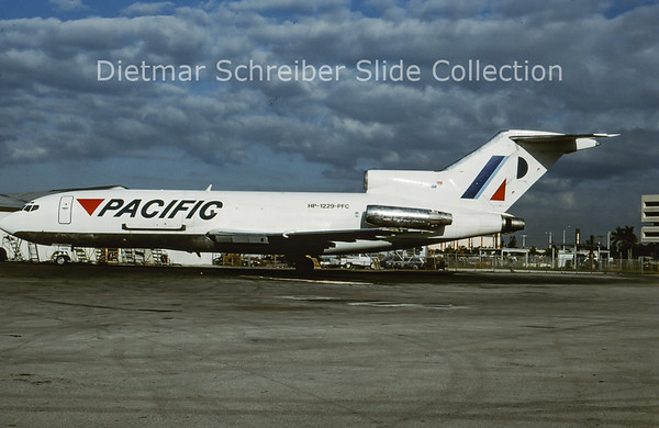 1995-11 HP-1229-PFC Boeing 727-100 Pacific International Airlines