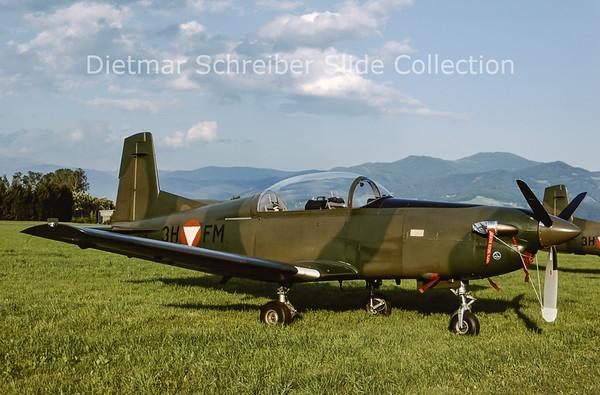 2000-06 3H-FM Pilatus PC7 Turbo Trainer (c/n 484) Austrian Air Force