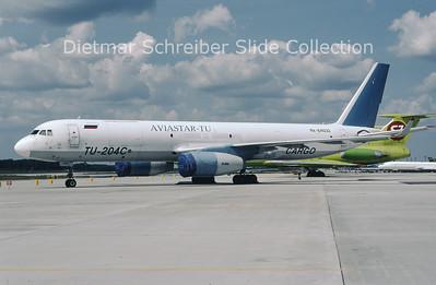 2009-07 RA-64032 Tupolev 204 Aviastar