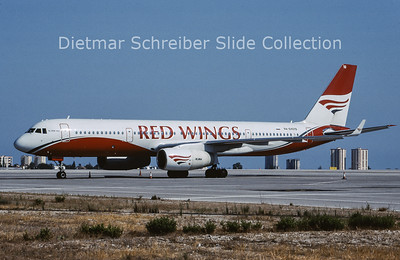 2009-09 RA-64019 Tupolev 204 Red Wings