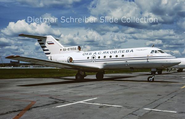 RA-87659 Yakovlev 40 (c/n 9240325) Yakovlev