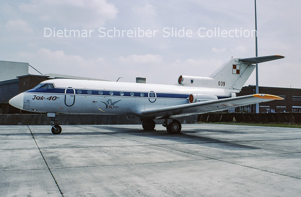 1995-05 039 Yakovlev 40 (c/n 9441137) Polish Air Force