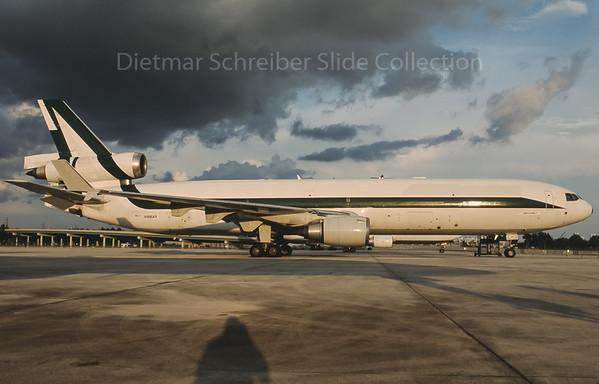2009-10 N986AR MDD MD11 Sky Lease