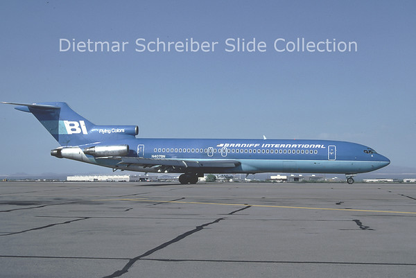 1981-07 N407BN Boeing 727-200 Braniff