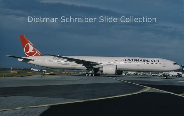 2010-11 TC-JJE Boeing 777-3F2ER (c/n 40707) Turkish AIrlines