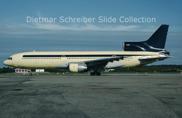 1998-10 SE-DTC Lockheed L1011-1 Tristar (c/n 1013) Blue Scandinavia