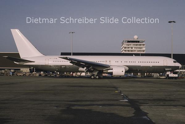 OE-LAT Boeing 767-31AER (c/n 25273) Lauda Air