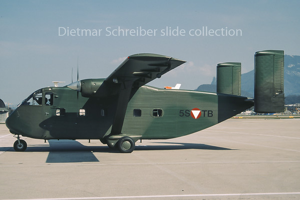 1992-03-18 5S-TB Shorts SC7 Skyvan Austrian Air Force