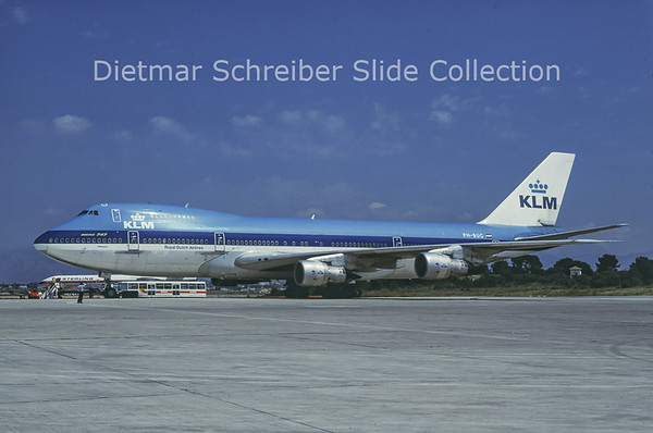 1988-06 PH-BUG Boeing 747-200 KLM Royal Dutch Airlines