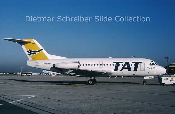 1990-04 F-GIMH Fokker 28 TAT European Airlines