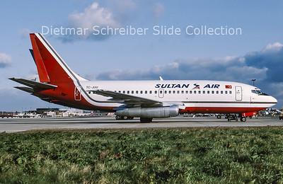 1991-11 TC-JUU Boeing 737-200 Sultan Air
