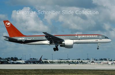 N544US Boeing 757-251 (c/n 26491) Northwest Airlines