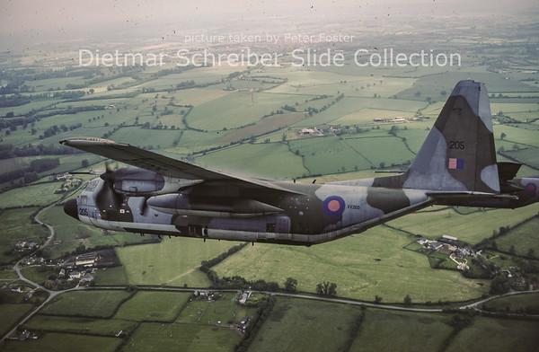 1991-06-19 XV205 Lockheed C130C1P Hercules (c/n 4230) Royal Air Force