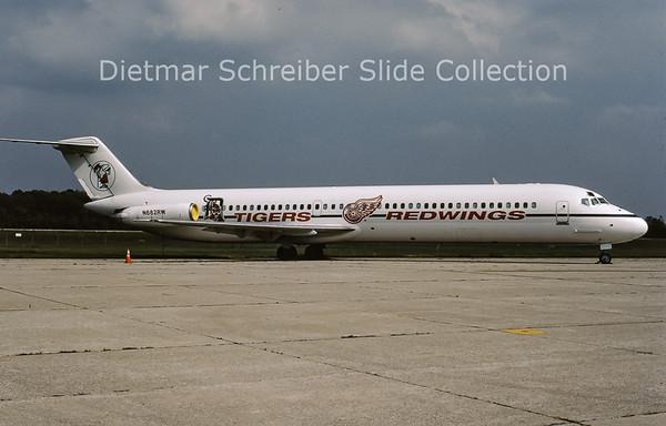 2001-09 N682RW Douglas DC9-51 (c/n 47733) Redwings Tigers