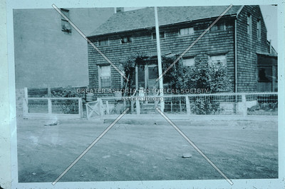 4th and 1st Sts., Hallet's Cove, Old House,  Astoria.