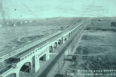 Queens Boulevard elevated viaduct, 33rd St looking East along Queens Boulevard, 1917.