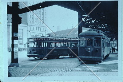 Streetcars in Queens Plaza