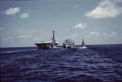 USNS Hassayampa in centre