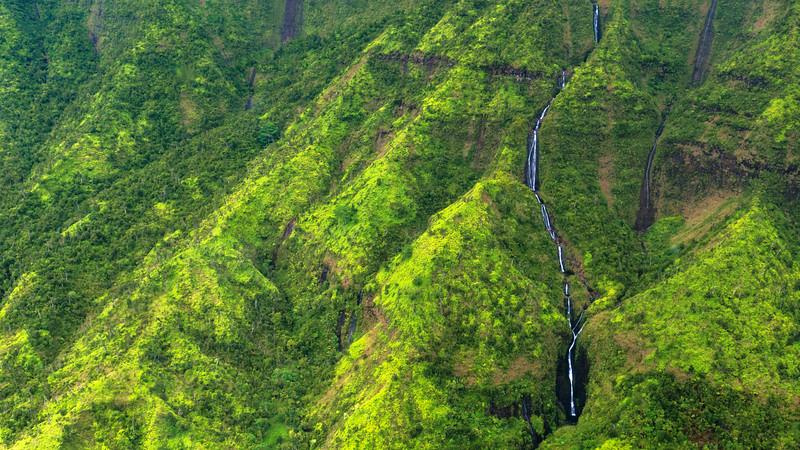 Na Pali Waterfall, Kaua'i, Hawai'i, 2014 - Study 01.