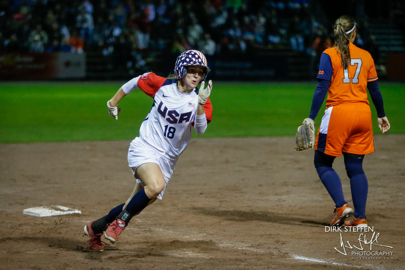 Haylie McCleney running the bases