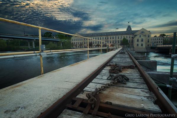 Fox River Dam Tracks