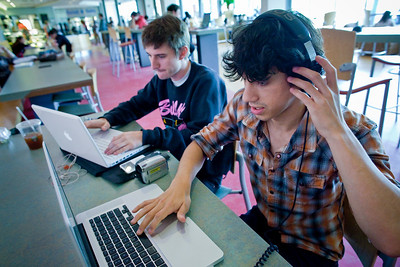 051209_4972_Library Students