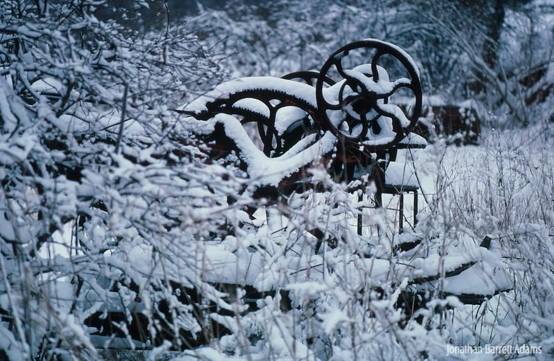 Snowy Contraption