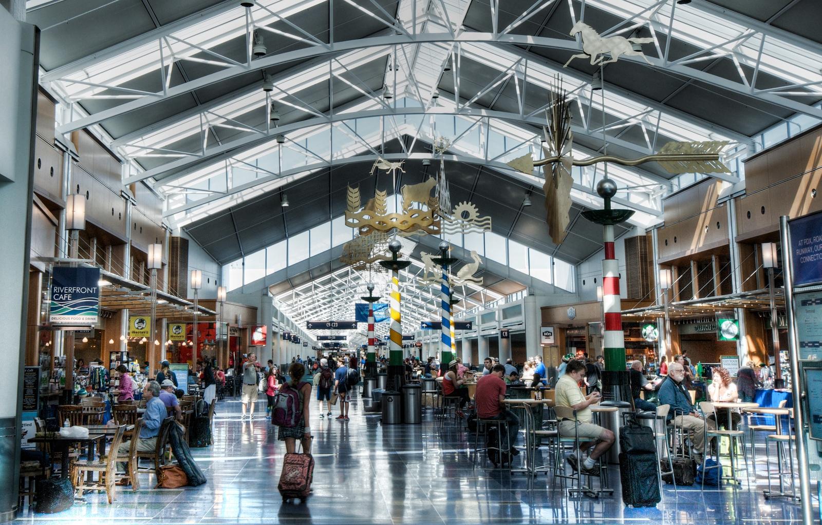Portland Int'l Airport, Portland, Oregon