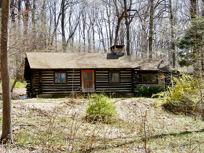 Log cabin in Valley Forge