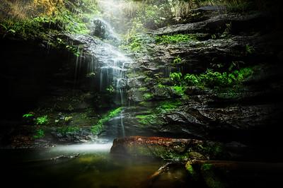 Dante's Glen Waterfall - Blue Mountains.