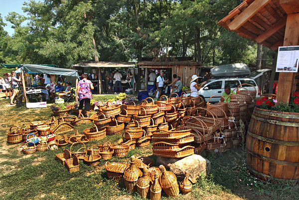 Handmade baskets at the Kali Basin Sunday Market