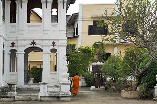 French colonial monks quarters at Wat Souvanna Khiri