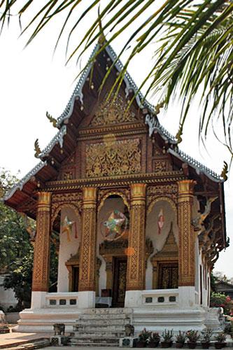 Stately Wat Pra Buddhabaht