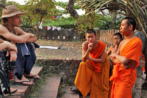 Monks chat at Wat Manorom
