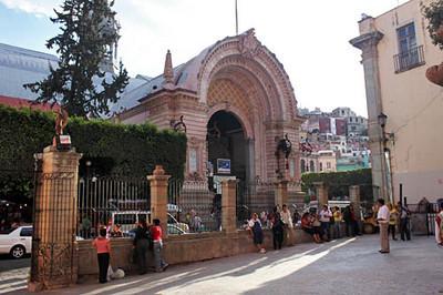 Hidalgo Market in el centro