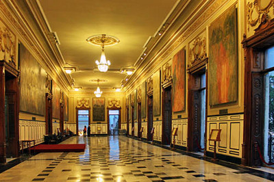 Hall of murals in the Government Palace