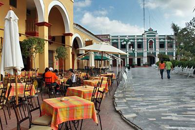 Outdoor cafe & Palacio Municipal at Plaza Zaragoza