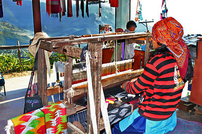Weaving a shawl by hand