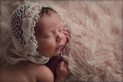 Newborns_&_Maternity