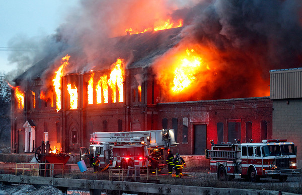 The massive fire caused both the Falls and Central Bridges to be closed. Photo by Mary Schwalm,