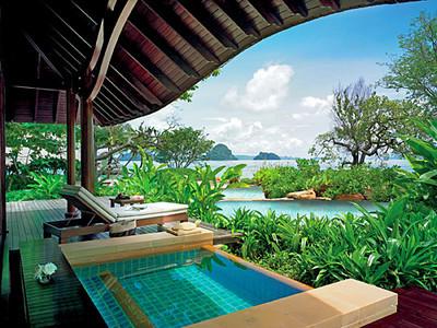 Phulay Bay beach villa deck and spa
