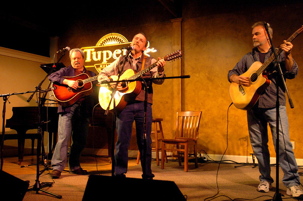 """Londonderry: """"Tree Beard"""" preformed at the one year anniversary of open mic night at the Tupelo Music Hall Thursday evening.<br /> Photo by Jarrod Thompson/Eagle-Tribune Thursday, January 12, 2006"""