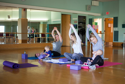 Baby Buddha class. Yoga for mom and baby.