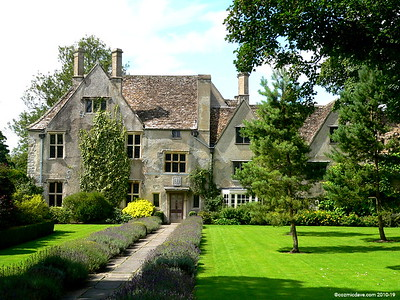 Avebury Manor (August 2009)