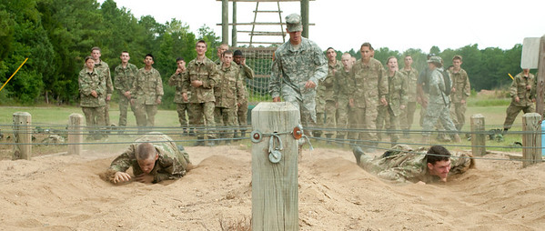 2011 Cadets compete against each other to complete the US Army's Air Assault Course at Fort Pickett.