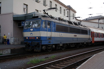 363 144 at Bratislava Hlavna Stanica on 6th August 2008 (3)