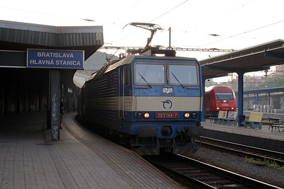 363 144 at Bratislava Hlavna Stanica on 6th August 2008 (2)